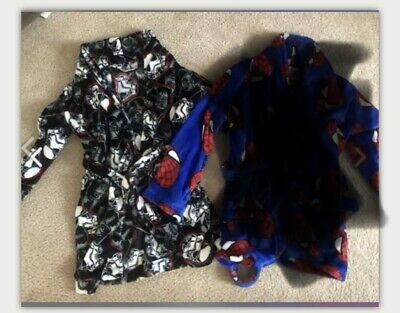 Boys Robes Size 8 Star Wars Spider Man
