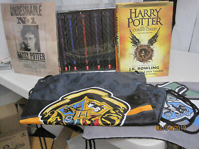 NEW Harry Potter The Complete Series Box Set Books 1-7 & Hogwarts Cinch Sack &