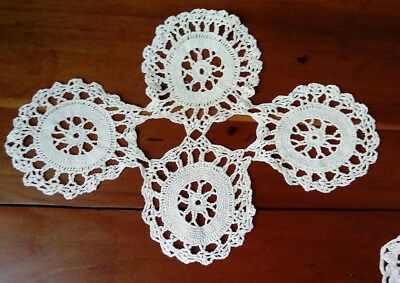 VINTAGE / ANTIQUE SET OF THREE HANDMADE 1930s DOILIES, IN EXCELLENT CONDITION