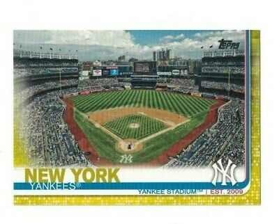 New York Yankees Stadium 2019 Topps Series 1 YELLOW PARALLEL #47 WALGREENS