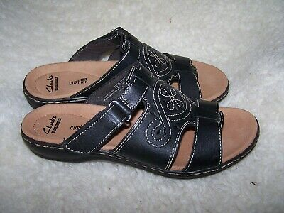 8fd00662a361 Clarks Leisa Higley Slide BLACK Leather Womens Sandal Low Heel Soft  Shoes-NEW