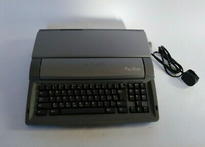 Sharp Font Writer Personal Word Processor FW-560 Good Working Order