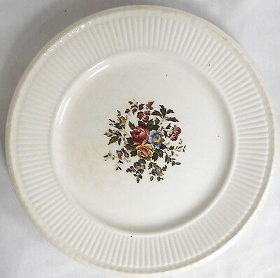 "Wedgwood Edme Conway Dinner Plate 10-5/8"" Made In England Slight Crazing"
