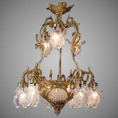 Stunning Louis XVI style Chandelier with Crystal and Bronze