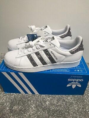 new style d421a 5d17e DEADSTOCK ADIDAS SUPERSTAR Trainers Size 5 Uk White & Purple ...
