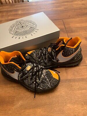 cheaper 55aaa 850da Nike Kyrie 5. Size 9. Worn maybe 7 times. Perfect condition! Only