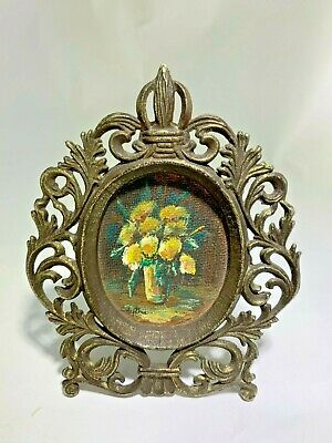 Antique  Oval Design Brass Made In Italy Photo Frame