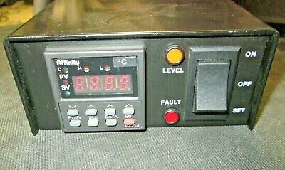 Programmable Temperature Controller with Alarm Made in Japan Affinity PXZ-4