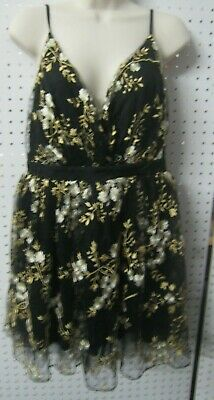 New Express Ladies/Girls Graduation / Party Dress Black White/Gold Flowers Sz 6