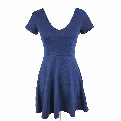 dcfafd7ef655 Forever 21 Women Blue Mini Skater Dress Short Sleeve Flare V Neck Size Small