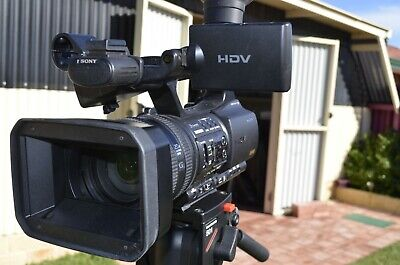 Sony HVR-Z5P 1/3 inch 3 ClearVid CMOS Pro HDV Camcorder