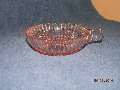 Anchor Hocking Pink Depression Queen Mary Fruit/Dessert Handled Bowl