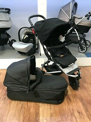 Mountain Buggy Swift Black Inc Carrycot *RRP £489.99* *NOW £299.99* SAVE £190