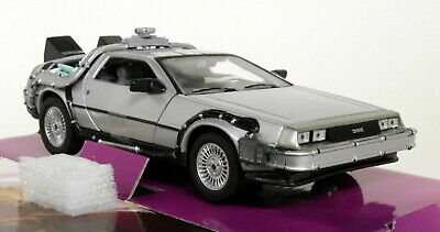 Wel 1/24 Scale Delorean Back To The Future Part 1 Time Machine Diecast model car