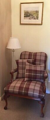 REDUCED ~ BEAUTIFUL  REPRODUCTION QUEEN ANNE ARMCHAIR. Plus Matching Cushions.