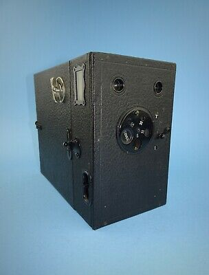 W Butcher & Sons No 3 Maxim box camera in excellent condition - early 20th c.
