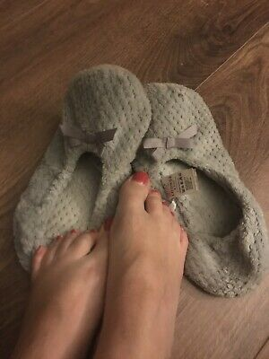 Women's Shoes Well Worn Ladies Slippers Size 6