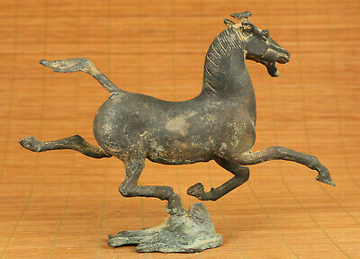 Rare chinese old bronze hand carving Pegasus horse statue figue netsuke gift