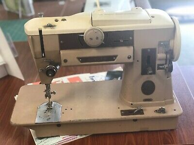Singer 401A sewing machine, running as is
