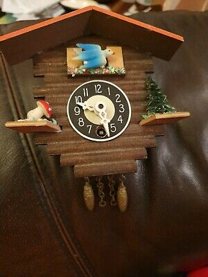 Vintage miniature Cuckoo Clock - Spares Or Repairs