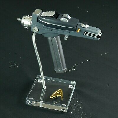 Star Trek, Classic Phaser Display Stand, TOS Badge, Very High Quality