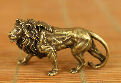 Rare chinese old bronze hand carving lion statue figue netsuke noble decoration