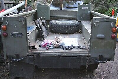 Land Rover 4WD aluminiu  trailer in very good condition,p/up 3174