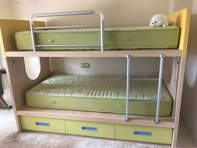 Bunk Bed With Matresses And Drawers
