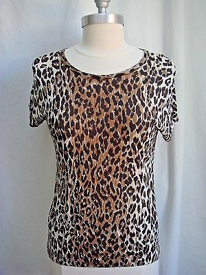 c8c86a6a18a DOLCE & GABBANA Woman Silk Knitted Leopard Print Short Sleeve Top ...