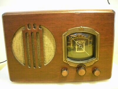 Beautiful, Original Art Deco 1935 ERLA Antique Table Radio, Works Well!!!