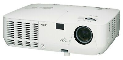 NEC NP216 3D Ready DLP Home Cinema Projector 2500 Lumens full Lamp Remote Cables