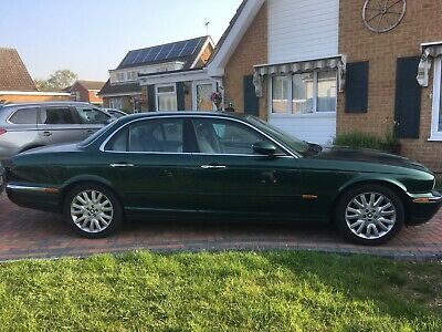Jaguar XJ8 3.5SE, excellent condition, nice options and all working as it should