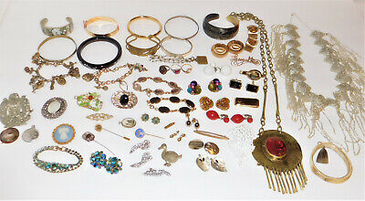 Huge Estate Lot Vintage Jewelry Necklaces Rings Brooches Bracelets 784 Grams