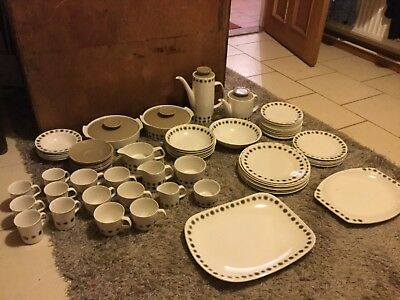 VINTAGE J AND  G MEAKIN DINNER,COFFEE AND TEA SET , retro, collectable