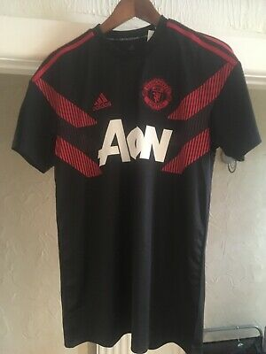 ADIDAS MANCHESTER UNITED techfit pre match shorts [real red