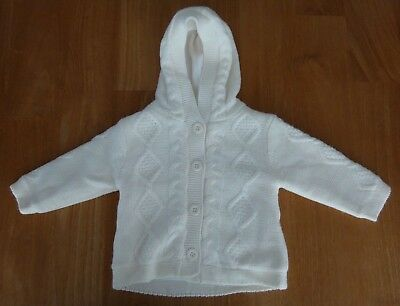 Gilet chaud fille C&A. Taille 6mois/68cm. Neuf sans emballage.