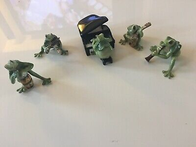 "Miniature ""Frog"" Orchestra, 6 Pieces In Total"