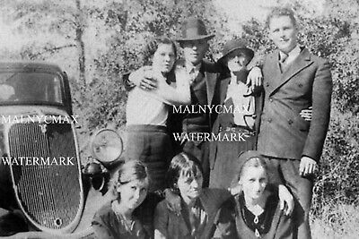 Bonnie and Clyde and their Families, 1930 (4 x 6 photo reprint)