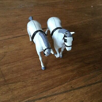 Horse Toy - Metal - Cast - Great Condition