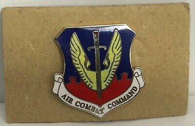 US Air Force `AIR COMBAT COMMAND` Cloth Badge Patch AF8