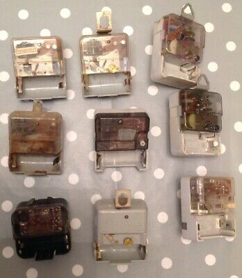 Vintage Clock Movements Battery Ex Clockmakers Spare Parts Collection Untested