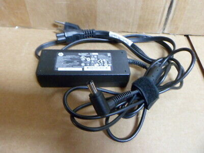 Genuine HP PPP012H-S AC Adapter IN 100-240VAC 60Hz 1.5A OUT 19V 4.74A 619752-001