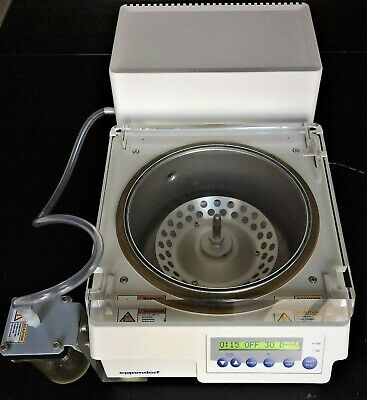 Vacuum Centrifuge Concentrator Plus™  Eppendorf System Complet Pump & Rotor 5305