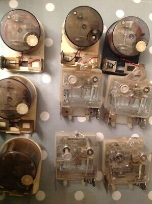 Vintage Smiths Clock Movements Battery Electric Clockmakers Spare Parts Untested