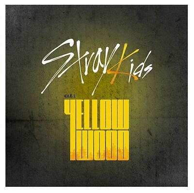 STRAY KIDS - Clé 2 : YELLOW WOOD [Limited ver.] Album CD+Pre-Order+Poster+Gift