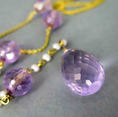 Necklace with Amethyst and Pearls in Gold