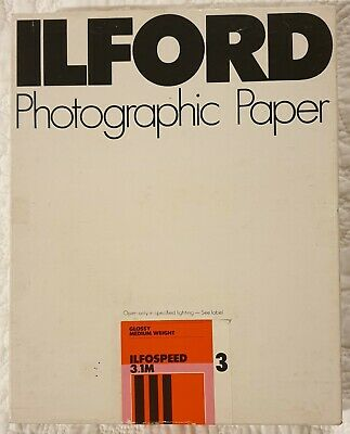 Ilford Ilfospeed Glossy Medium Weight 20.3cm X 25.4cm Photo Paper 100 sheets.