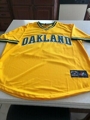 brand new f9f26 4617b OAKLAND ATHLETICS 1968 Majestic Cooperstown