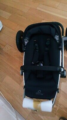 quinny buzz in black 3  with accessories. FREE POST