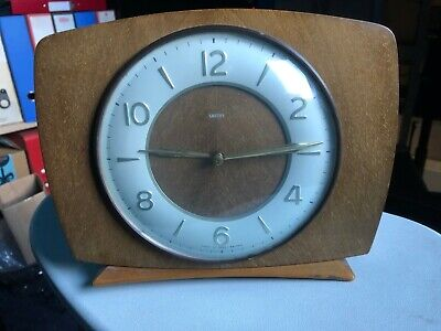 Vintage Smiths Wooden Mantle Clock With Chimes